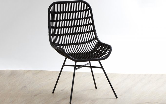 Quill-Curved-Black-Chair-with-Iron-Legs-Angled-View
